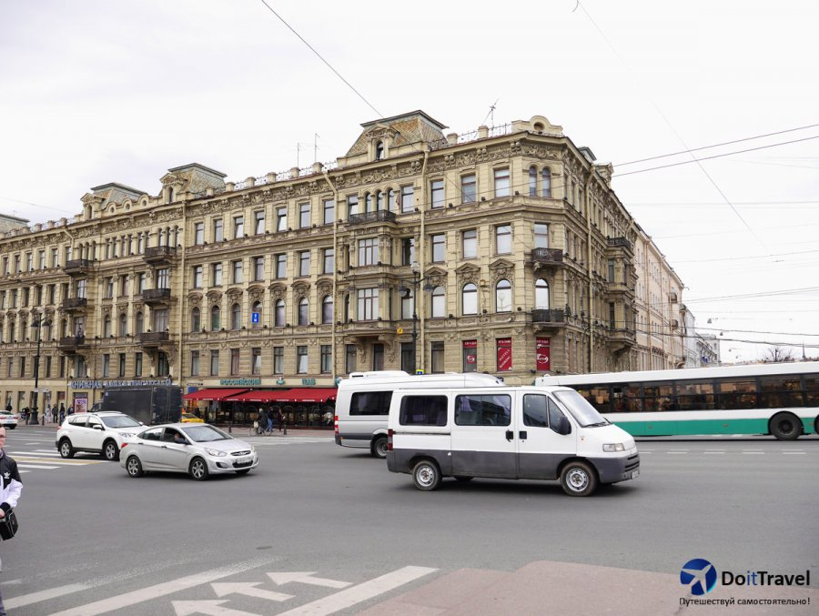 Маршрутки до Петергофа